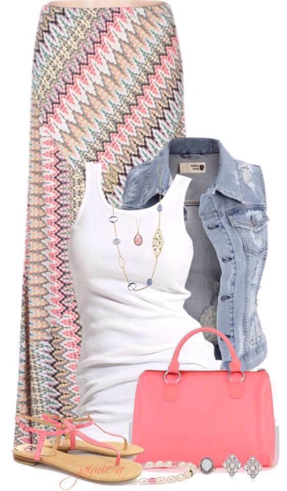 5 casual ways to wear plus size denim vest 2 - 5 casual ways to wear plus size denim vest
