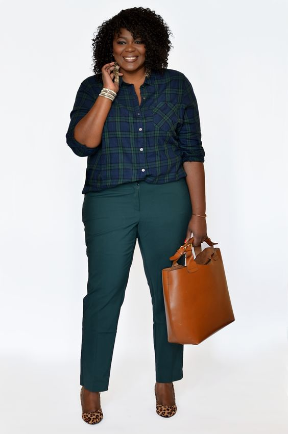 5 stylish ways to wear a plus size plaid shirt 1 - 5-stylish-ways-to-wear-a-plus-size-plaid-shirt-1