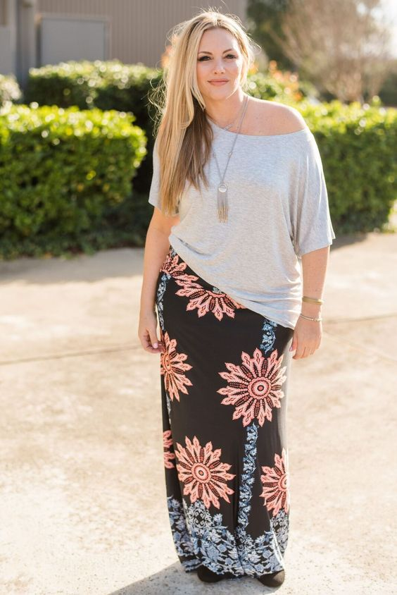 what top to wear with a plus size maxi skirt 5 - what-top-to-wear-with-a-plus-size-maxi-skirt-5