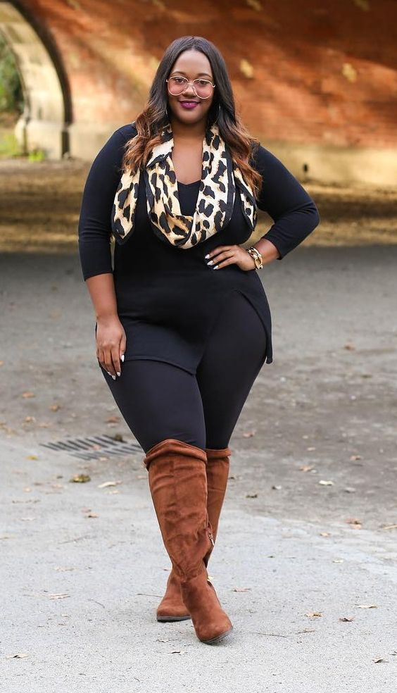19 Stylish Ways To Wear A Plus Size Leggings Outfit